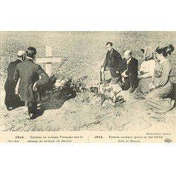 carte postale ancienne 77 MEAUX. Tombes de Soldats Français sur le Champ de Bataille Guerre 1914-18