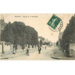 carte postale ancienne 77 MEAUX. Avenue de Paris 1909