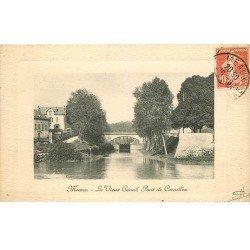 carte postale ancienne 77 MEAUX. Vieux Canal Pont de Cornillon