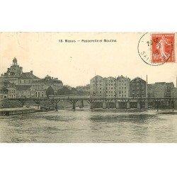 carte postale ancienne 77 MEAUX. Passerelle et Moulins 1910
