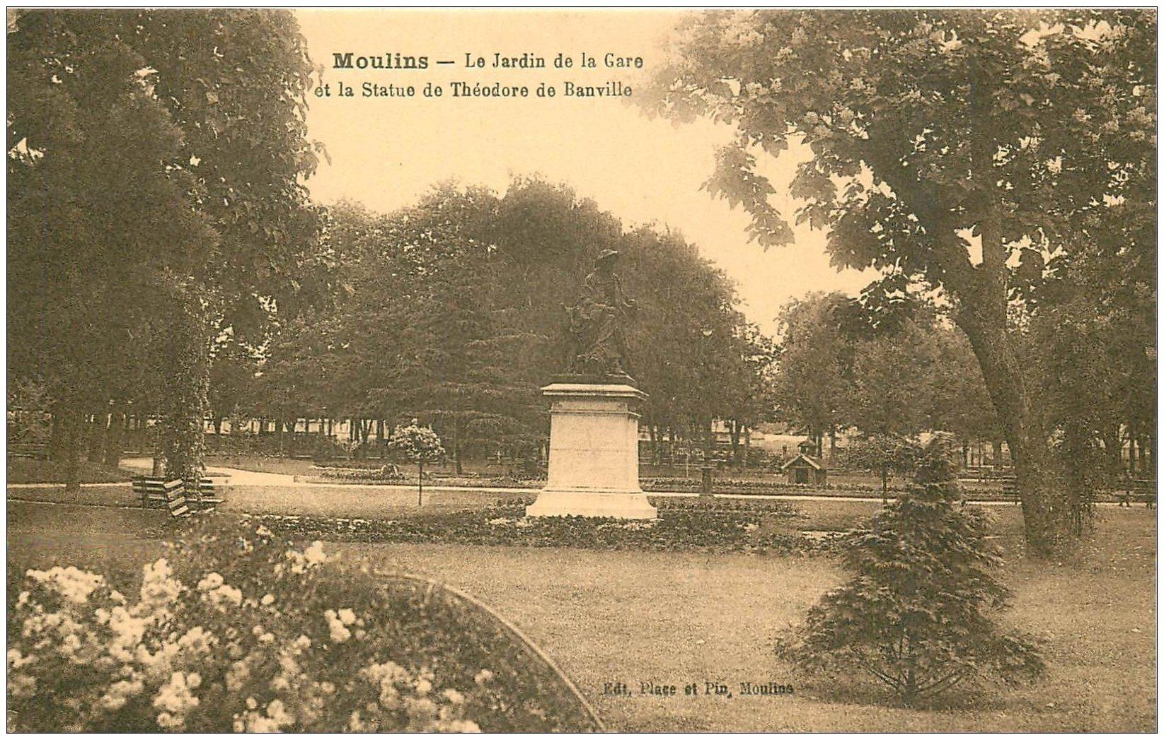carte postale ancienne 03 MOULINS. Jardin de la Gare Statue de Banville