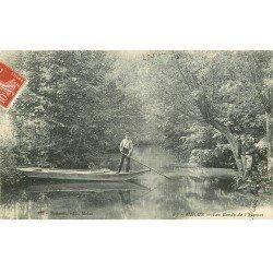 carte postale ancienne 77 MELUN. Jeune Passeur sur les Bords de l'Almont 1908