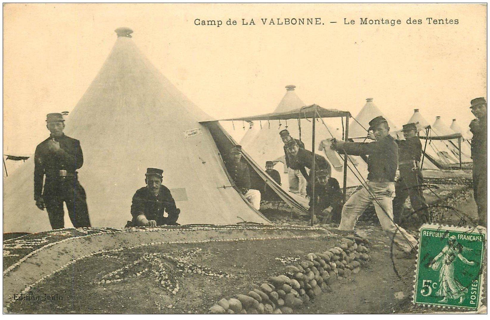 carte postale ancienne 01 LA VALBONNE. Le Montage des Tentes 1912