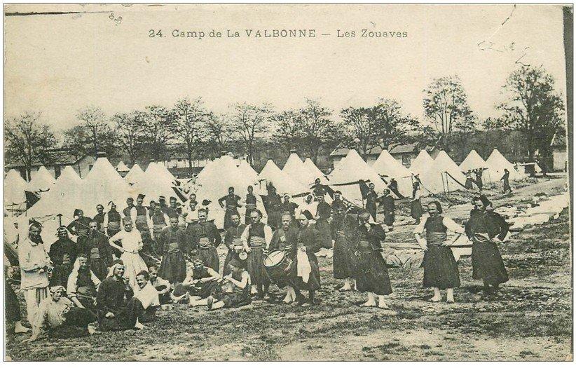 carte postale ancienne 01 LA VALBONNE. Les Zouaves