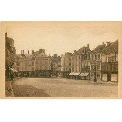 carte postale ancienne 77 COULOMMIERS. Place du Marché. Grands Economats Français