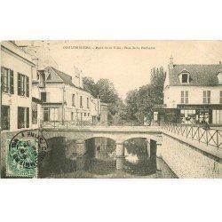 carte postale ancienne 77 COULOMMIERS. Pont de la Ville rue de la Pêcherie 1907