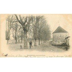 carte postale ancienne 77 COULOMMIERS. Les Anciens Fossés 1902