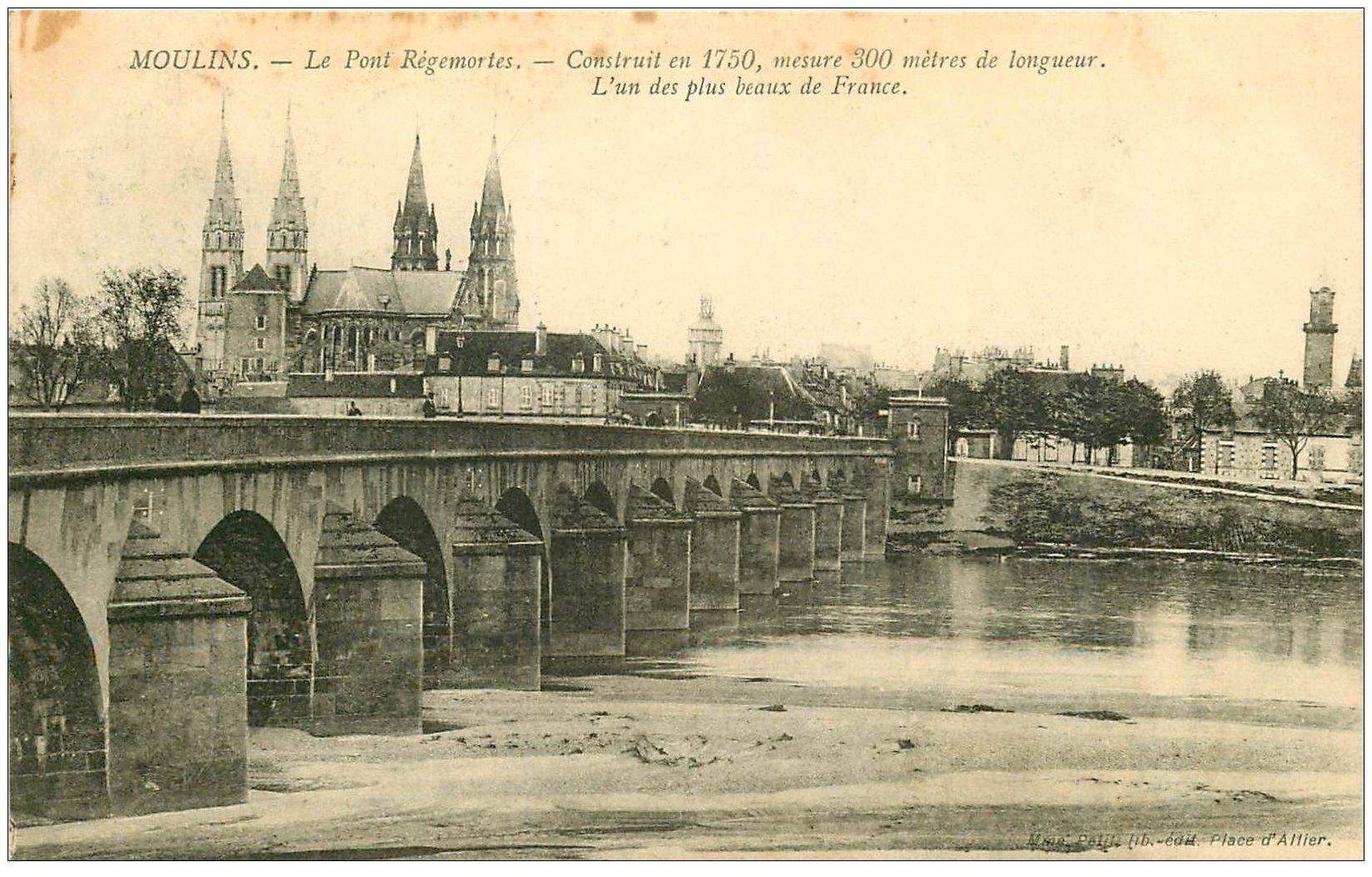 carte postale ancienne 03 MOULINS. Pont Régemortes 1912