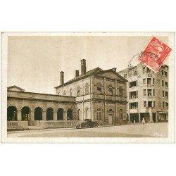 carte postale ancienne 03 NERIS-LES-BAINS. Etablissement Thermal et Hôtel. Voiture ancienne