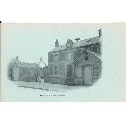 carte postale ancienne 77 VERNEUIL L'ETANG. La Mairie vers 1900