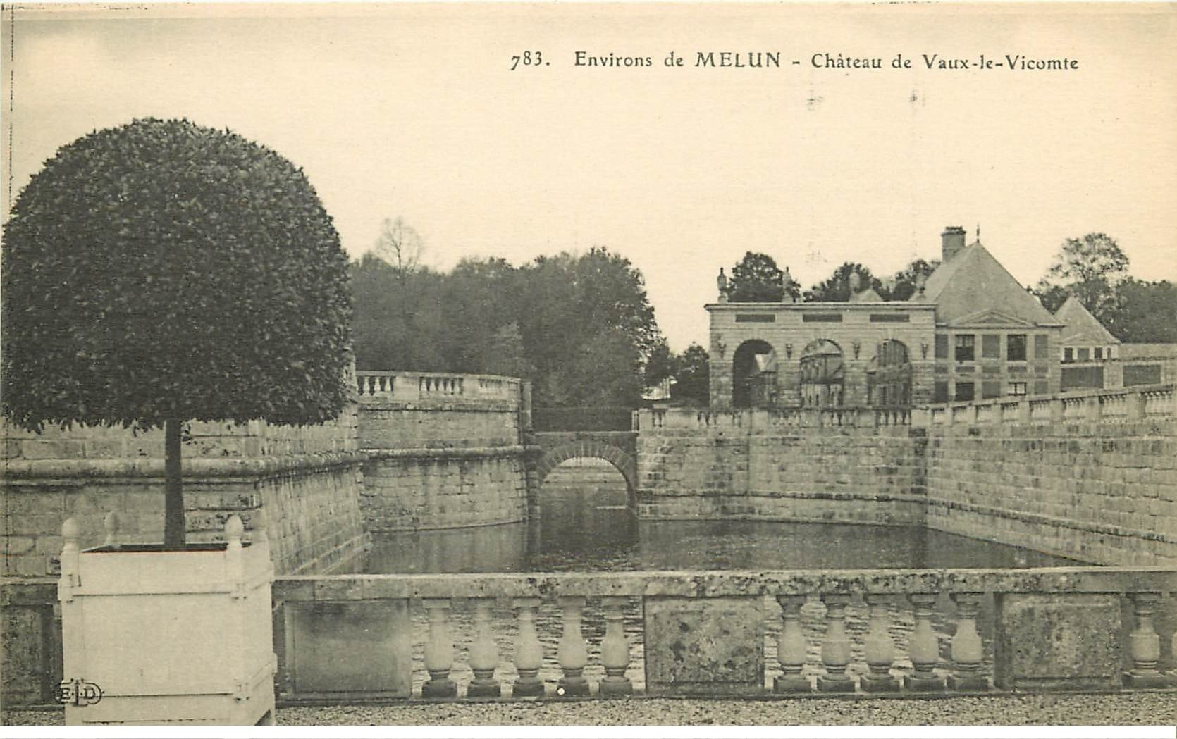 carte postale ancienne 77 MELUN. Château Vaux-le-Vicomte
