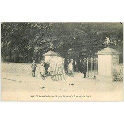 carte postale ancienne 03 NERIS-LES-BAINS. Parc chaise à Porteurs à l'Entrée 1923