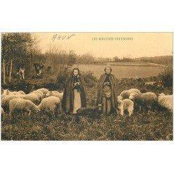 carte postale ancienne 23 AHUN. Les Bergères Creusoises tricotant