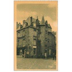 carte postale ancienne 23 AUBUSSON. Vieille Maison et commerce Poisson