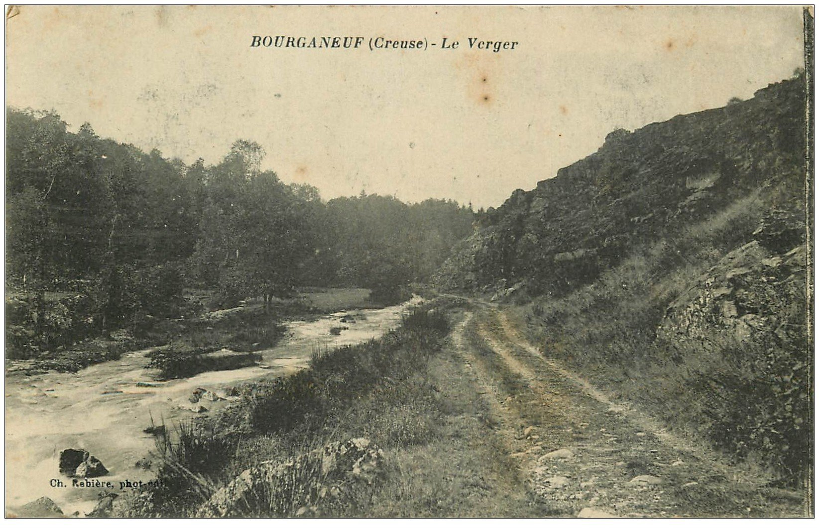 carte postale ancienne 23 BOURGANEUF. Le Verger