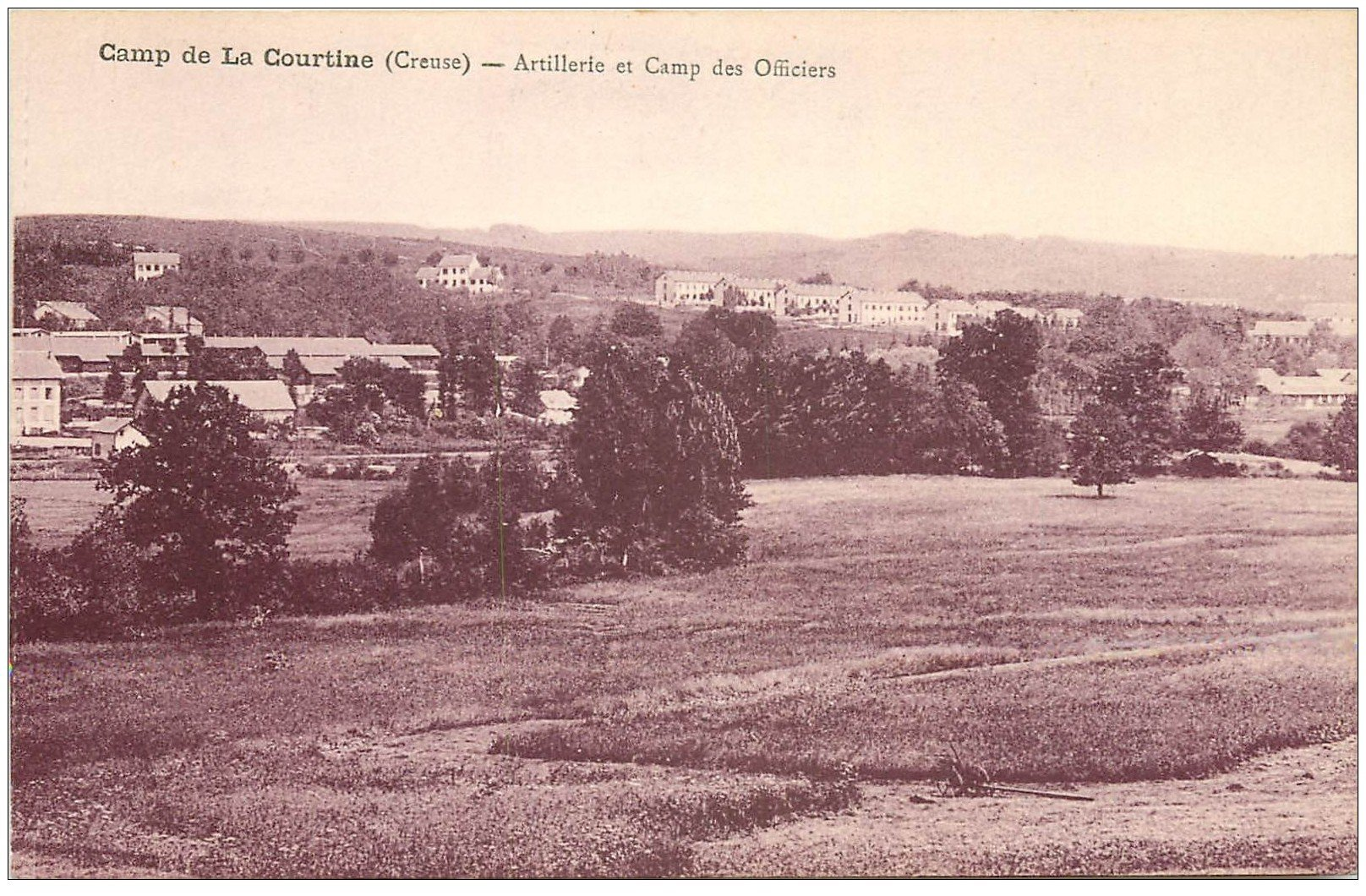 carte postale ancienne 23 CAMP DE LA COURTINE. Artillerie Camp des Officiers