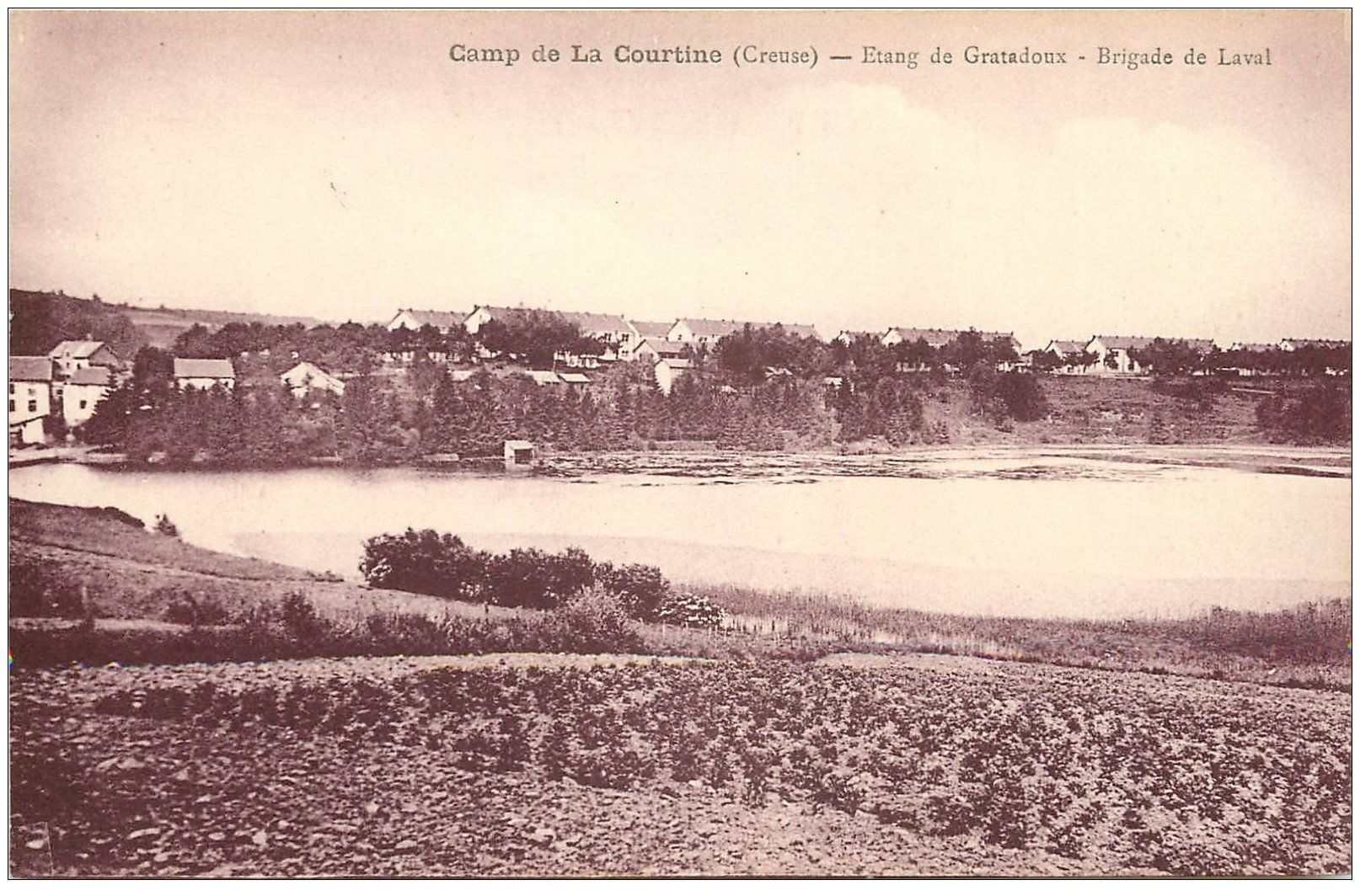 carte postale ancienne 23 CAMP DE LA COURTINE. Brigade de Laval. Camp des gratadoux