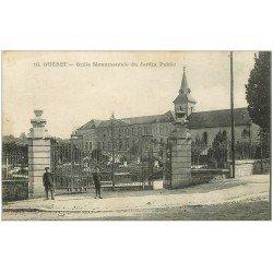 carte postale ancienne 23 GUERET. Grille Monumentale Jardin Public 1917