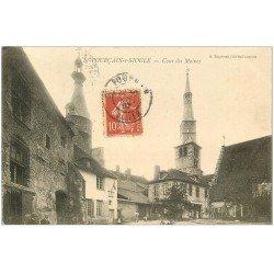 carte postale ancienne 03 SAINT-POURCAIN-SUR-SIOULE. Cour des Moines 1907 animation