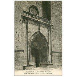 carte postale ancienne 24 BEAUMONT-DU-PERIGORD. Porche Eglise