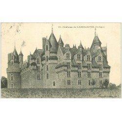 carte postale ancienne 24 CHATEAU DE LAMBERTIE. Tampon Dépot Militaire 1915