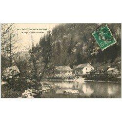 carte postale ancienne 25 AUX GRAVIERS. Les Gorges du Doubs 1913