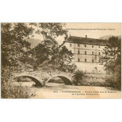 carte postale ancienne 25 CONSOLATION. Vieux Pont sur le Lançot. Ancien séminaire. Trace fumée...