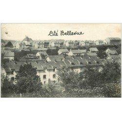 carte postale ancienne 25 FESCHES-LE-CHATEL. Cité Bellevue. Un trou à gauche...