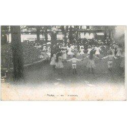 carte postale ancienne 03 VICHY. Bal d'Enfants
