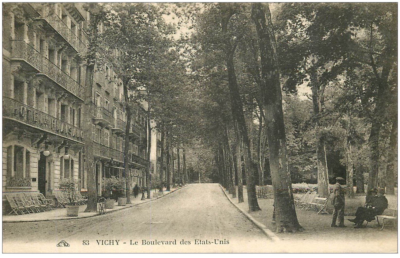 carte postale ancienne 03 VICHY. Boulevard des Etats-Unis 1931. Hôtel Plaisance