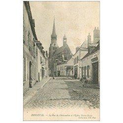 carte postale ancienne 28 BONNEVAL. Rue de Chateaudun et Eglise Notre-Dame. Salles charbonnier
