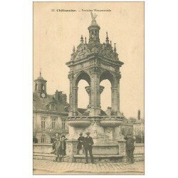 carte postale ancienne 28 CHATEAUDUN. Fontaine Monumentale 1918