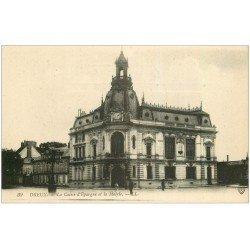 carte postale ancienne 28 DREUX. Caisse d'Epargne et Mairie