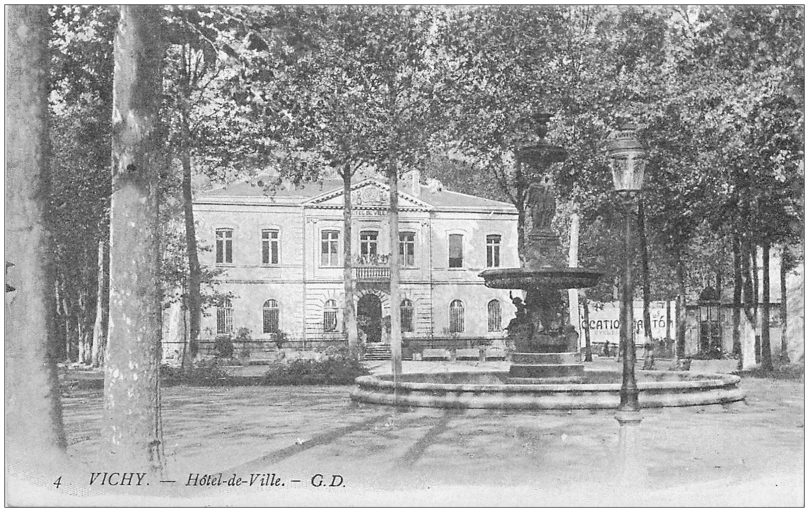 carte postale ancienne 03 VICHY. Hôtel de Ville. Carte bleutée