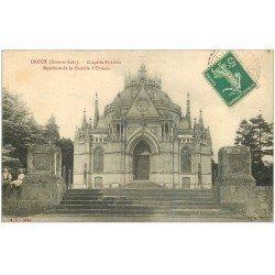 carte postale ancienne 28 DREUX. Chapelle Saint-Louis Enfants assis sur muret