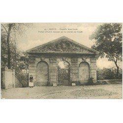 carte postale ancienne 28 DREUX. Chapelle Saint-Louis Portail Chemin de Ronde