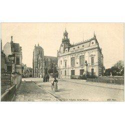carte postale ancienne 28 DREUX. Eglise Saint-Pierre et Mairie