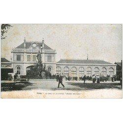 carte postale ancienne 03 VICHY. La Gare et Statue