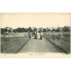 carte postale ancienne 03 VICHY. La Passerelle