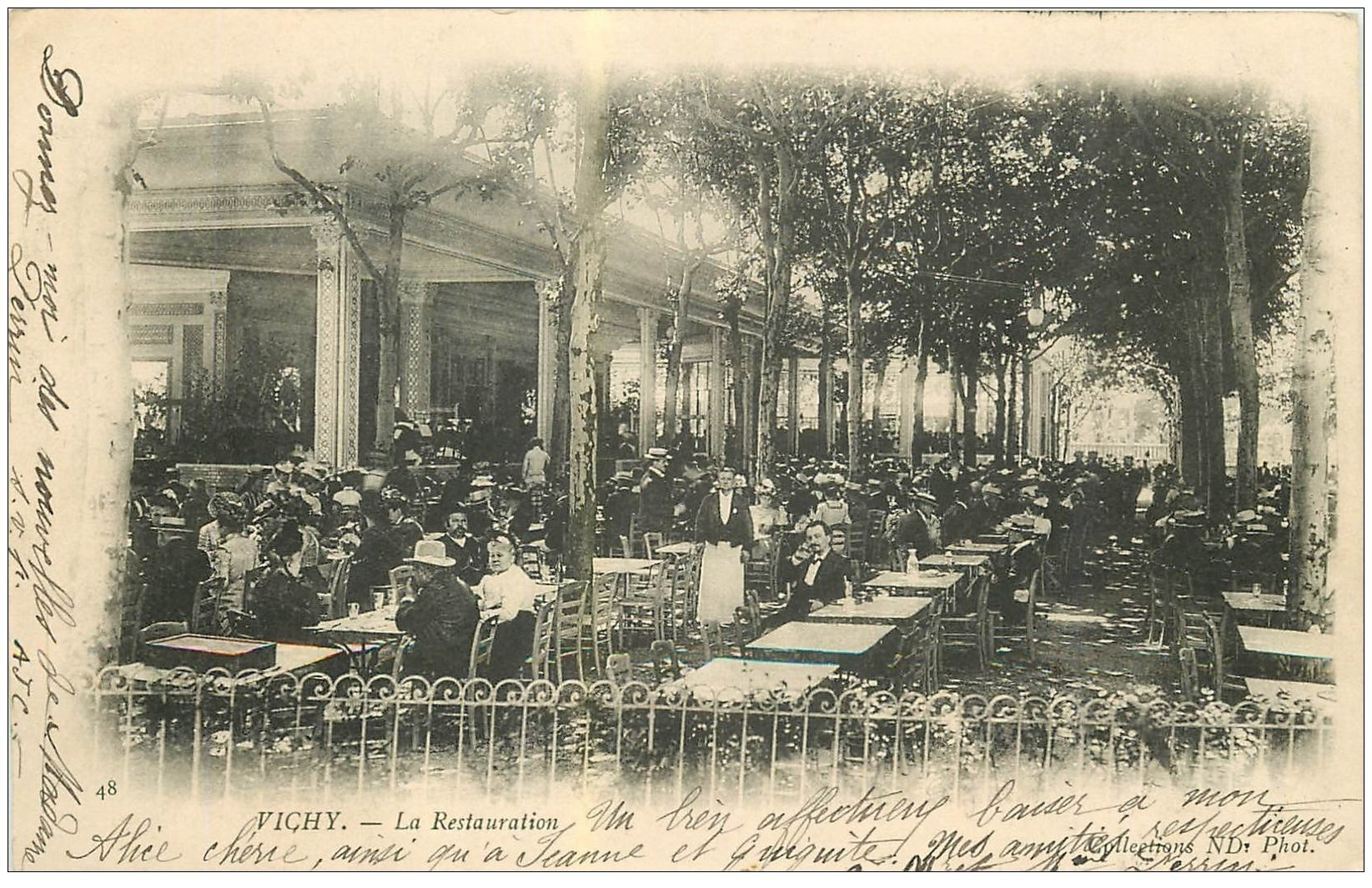 carte postale ancienne 03 VICHY. La Restauration 1902