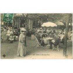 03 VICHY. Le Nouveau Parc 1908. Femme jouant au jeu du Diabolo