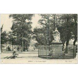 carte postale ancienne 29 BREST. Le Cours Dajot 1915. Tampon réception des Chevaux étrangers