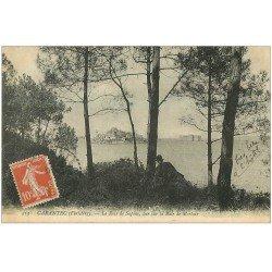 carte postale ancienne 29 CARANTEC. Personnage couché Bois de Sapins 1911. Baie de Morlaix