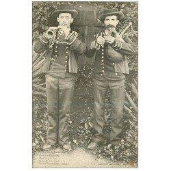 carte postale ancienne 29 PONT-AVEN. Musiciens Biniou et Bombarde