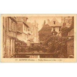 carte postale ancienne 29 QUIMPER. Maisons sur le Steur. Timbre absent