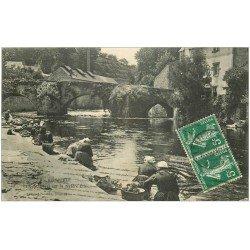 carte postale ancienne 29 QUIMPERLE. Lavandières et Pont Fleuri 1912