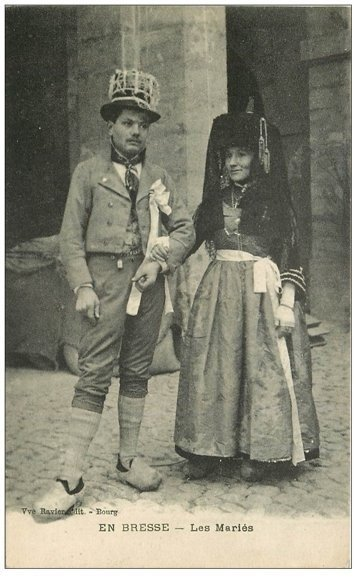 carte postale ancienne 01 Noce Bressane. Les Mariés