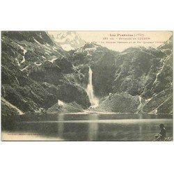 carte postale ancienne 31 LAC D'OO. Cascade et Pic Quairat 1908 homme assis à droite