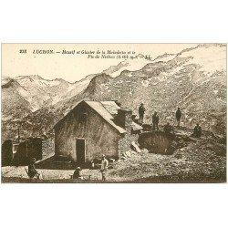 carte postale ancienne 31 LUCHON. Chasseurs Refuge Pic de Nethou. Massif Glacier de la Maladetta