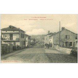 carte postale ancienne 31 MONTREJEAU. Avenue de Polignan